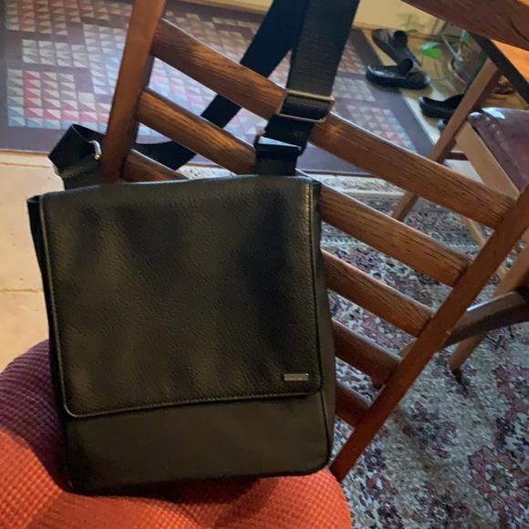 NWOT Calvin Klein black crossbody adjustable purse